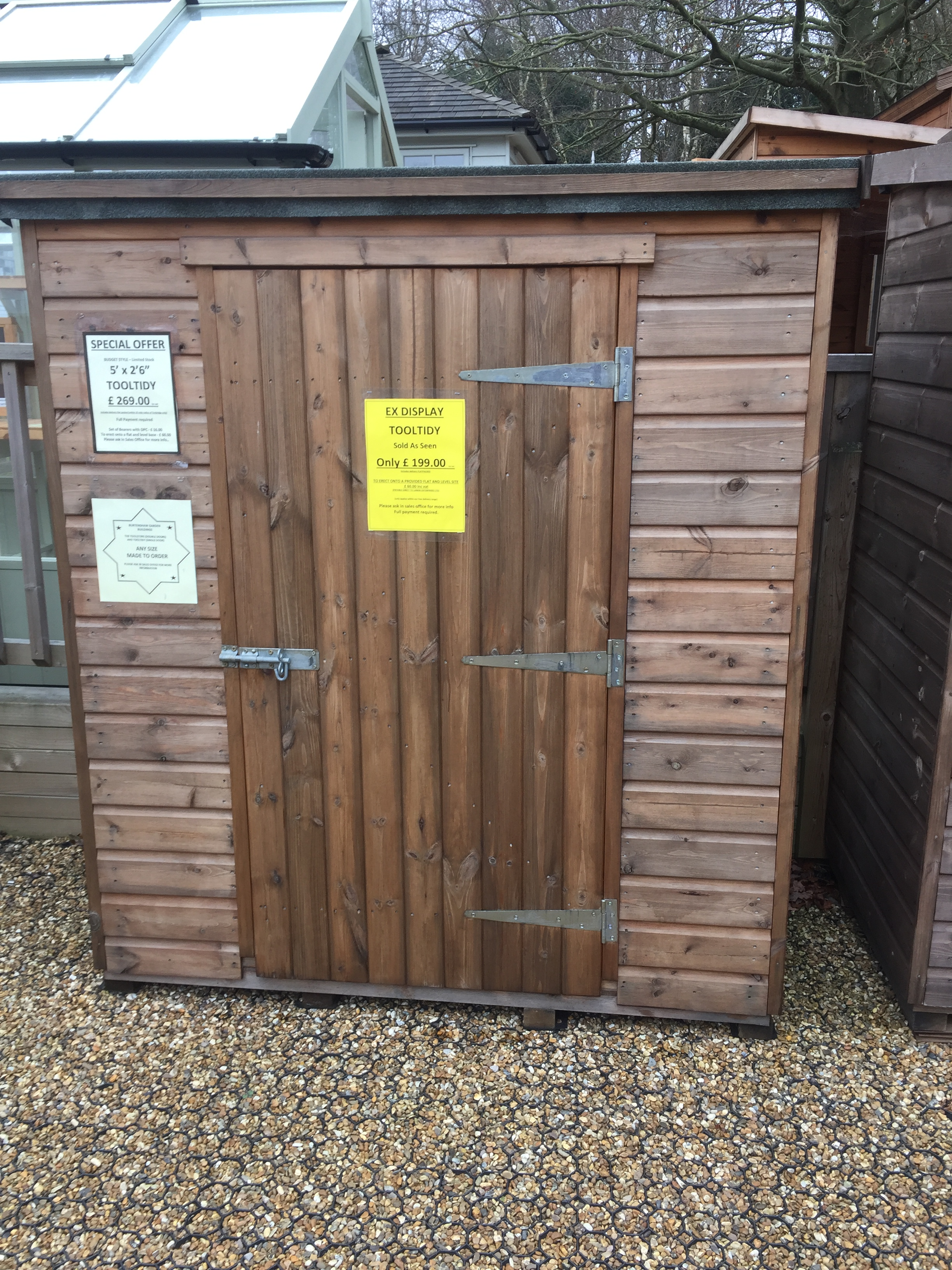 "<p id=""boldtitle"">Ex Display </p>5 x 2'6 Budget Tooltidy - £ 199.00 inc vat.<br/>At our display site within Notcutts Garden centre Pembury"