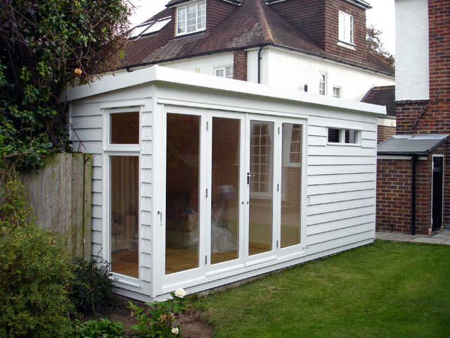 "<p id=""boldtitle"">Garden Home Office </p>18' x 10' (5490mm x 3050mm) pent garden home office.  <br/>Double glazed and insulated/lined.<br/>One section used for beauty room and second section for garden storage.<br/>Doors and windows positioned to suit customers requirements.<br/>Painted white<br/>"