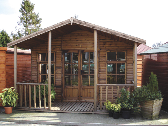 "<p id=""boldtitle"">Hawkins Chalet<br/></p> 8' x 12' (2440mm x 3660mm) Hawkins chalet.  Shown with optional loglap cladding, transverse roof and 4' (1220mm) verandah.<br/>"