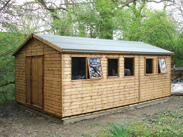 "<p id=""boldtitle"">Heavy Duty Workshop</p>20' x 10' (6100mm x 3050mm) gable workshop in T&G shiplap.  With optional 4' 6"" (1370mm) double doors and internal T&G partition.<br/>"