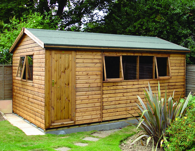 "<p id=""boldtitle"">Heavy Duty Workshop</p>18' x 10' (5490mm x 3050mm) gable workshop in T&G shiplap.  <br/>With optional extra opening window.<br/>"