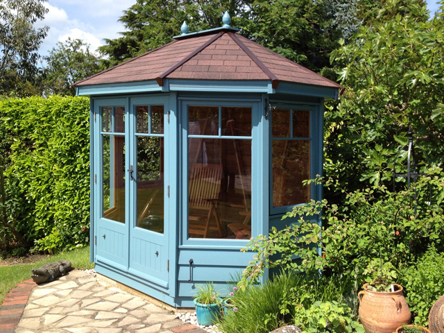 "<p id=""boldtitle"">Hip Roof Summerhouse</p>Hip roofed octagonal summerhouse.  Optional painted finish and ridge finial.<br/>"