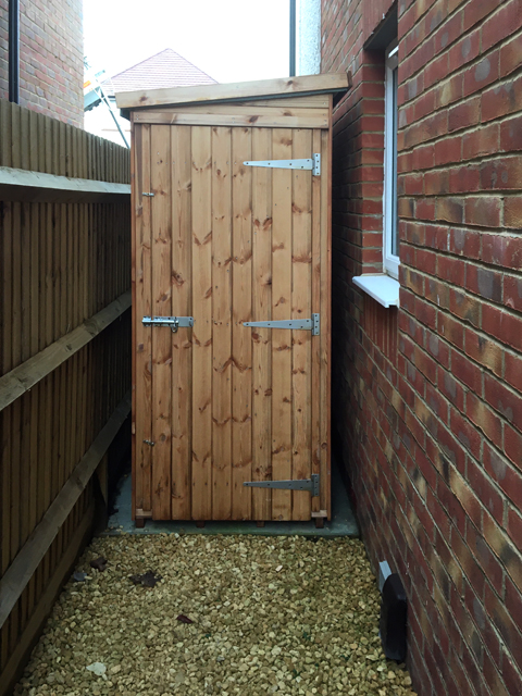 "<p id=""boldtitle"">5' x 3' Pent Shed</p>5' x 3' Pent Shed.<br/>To fit into that awkward space for extra storage."