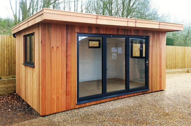 "<p id=""boldtitle"">Kent Studio</p> 16' x 10' (4880mm x 3050mm) with 25"" (635mm) roof overhang.  Vertical cedar cladding.<br/>"