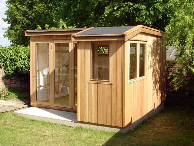 "<p id=""boldtitle"">Kent Studio</p>Customised Kent studio in cedar cladding with cedar doors & windows, double glazed,<br/>breather membrane, insulated floor.  Customer to insulate and line.<br/>Made to customers requirements.<br/>"
