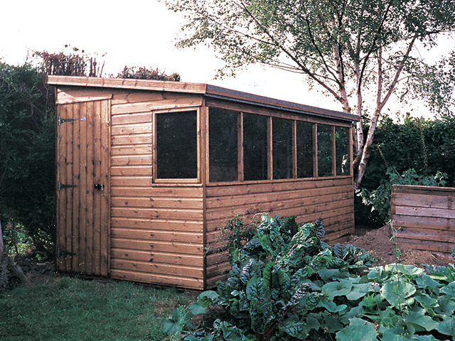 "<p id=""boldtitle"">Pent Potting Shed </p>12' x 7' (3660mm x 2135mm) pent potting shed in T&G shiplap.  Windows on lower side.<br/>"