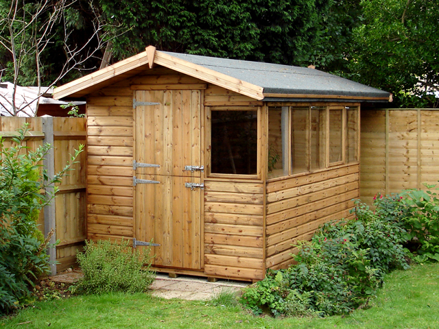 "<p id=""boldtitle"">Gable Potting Shed</p>10' x 8' (3050mm x 2440mm) gable potting shed in T&G shiplap, with optional stable door, extended roof overhang all around and opening window on side.<br/>"