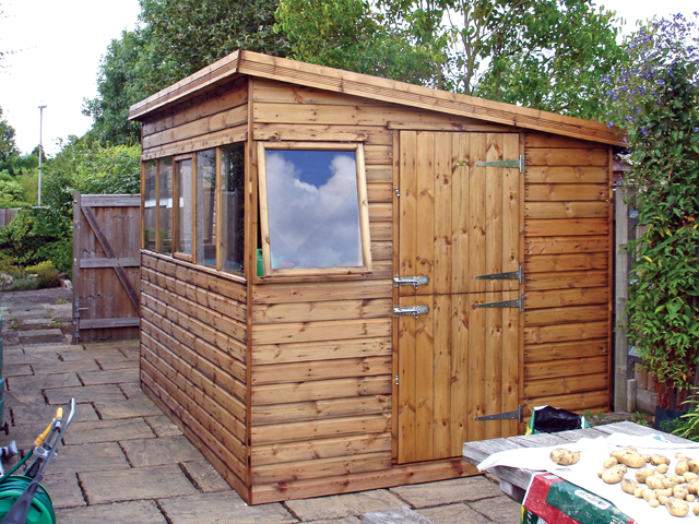 "<p id=""boldtitle"">Pent Potting Shed</p>10' x 8' (3050mm x 2440mm) pent potting shed in T&G shiplap, with optional stable door and extra opening window on the front.<br/>"
