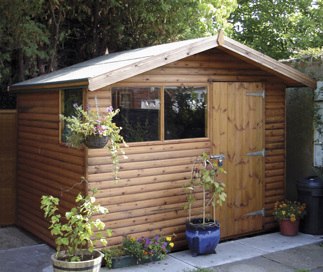 "<p id=""boldtitle"">Standard Gable Shed </p>7' x 9' (2135mm x 2745mm) gable in loglap with transverse roof.  With optional extra 15"" (380mm) roof overhang and profile fascias.  A variation of Gable shed Plan D.<br/>"