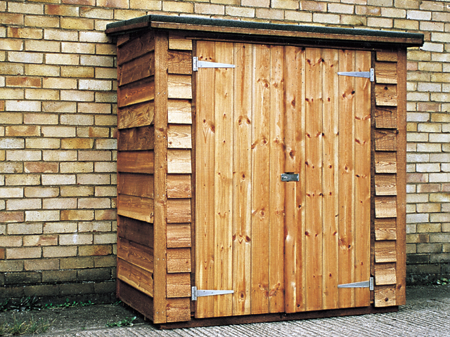 "<p id=""boldtitle"">Tool Store</p>5' x 2'6"" (1525mm x 762mm) tool store in optional rustic weatherboard cladding.<br/>"