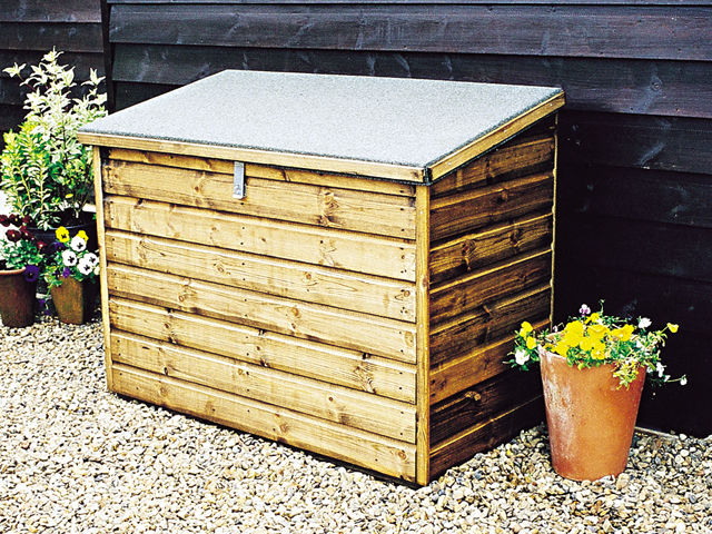 "<p id=""boldtitle"">Storage Chest</p>4' x 2' (1220mm x 610mm) storage chest in standard T&G shiplap cladding.<br/>"